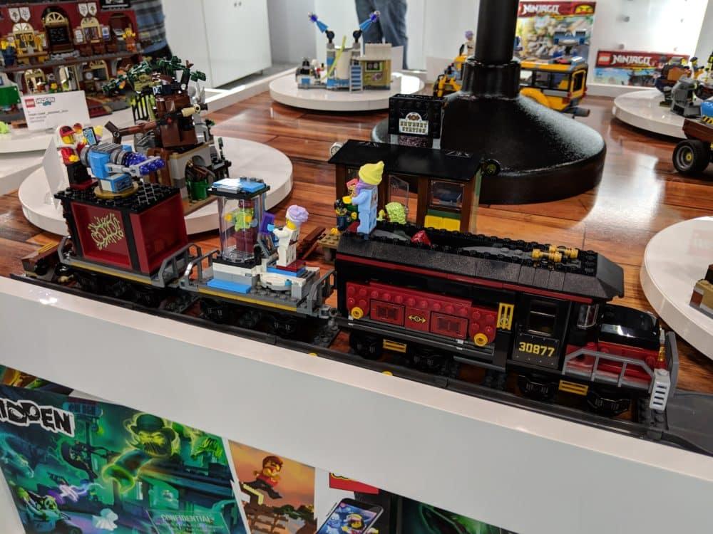 Train (70424) – 698 pieces – $89.99